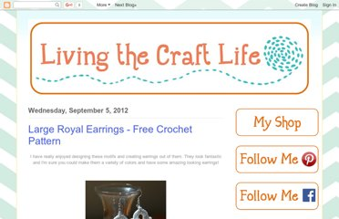 http://livingthecraftlife.blogspot.com/2012/09/large-royal-earrings-free-crochet.html