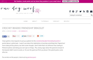 http://www.1dogwoof.com/2013/04/crochet-beaded-friendship-bracelet.html